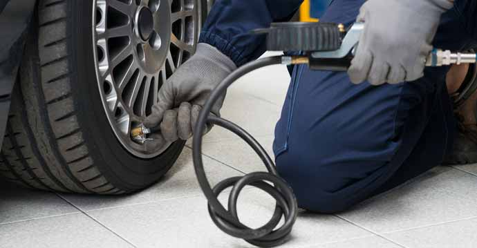 How to Resolve Puncture Issues with Tubeless Car Tyre