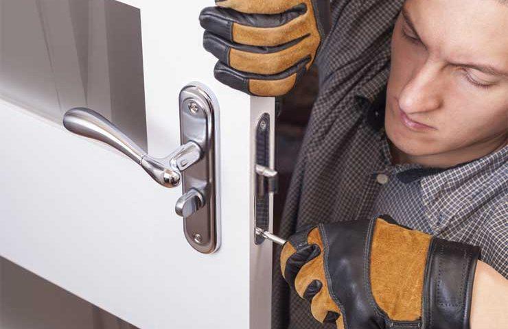 How to Fix a Broken Door Knob Lock
